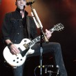 Tyler Connolly of Theory of a Deadman rocking' the Gibson Les Paul