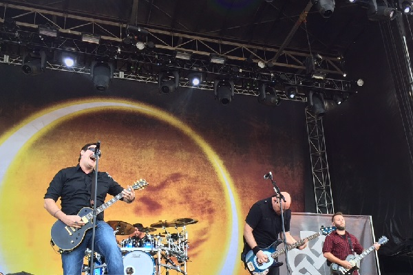 Breaking Benjamin Tickets, Tour Dates 2015 & Concerts – Songkick