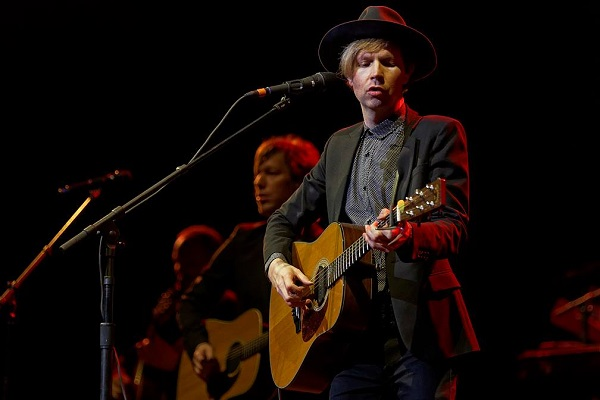 beck cage the elephant tour