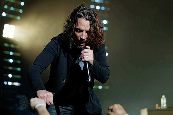 Chris Cornell performing during his final show in Detroit, Michigan, in 2017.