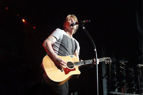 Goo Goo Dolls singer Johnny Rzeznik on tour at DTE Energy Music Theatre in Clarkston, Michigan, in 2019.