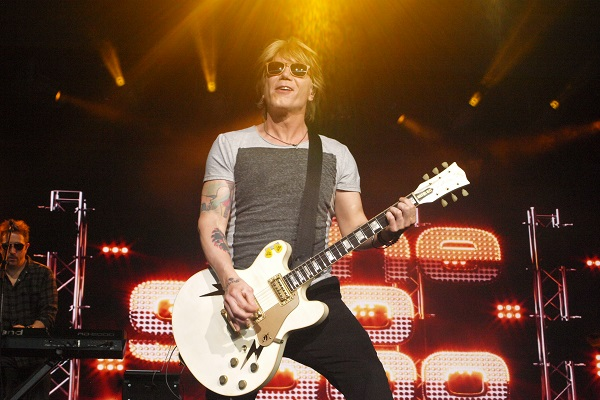 """Goo Goo Dolls have released a new music video for """"Autumn Leaves,"""" off """"Miracle Pill."""""""