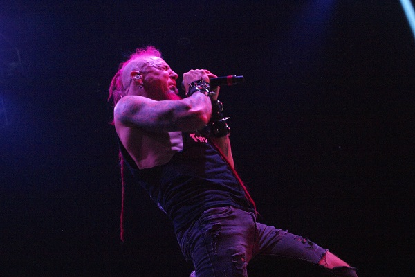 Chad Gray of Mudvayne and Hellyeah performing live.