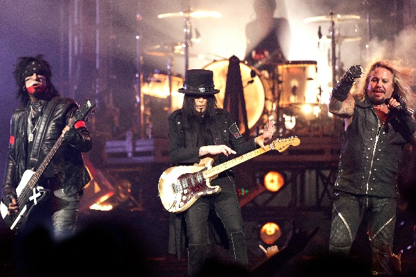 Motley Crue performing live at the Palace of Auburn Hills.