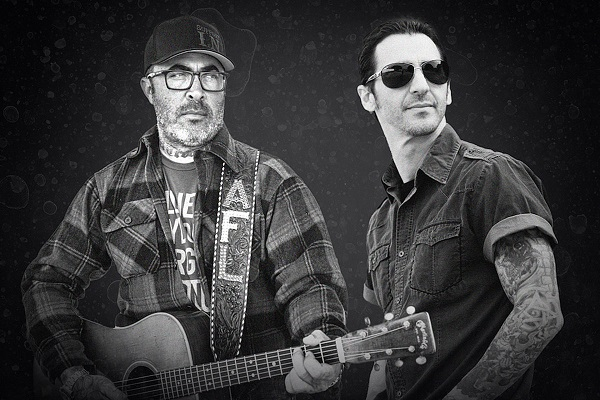 Staind's Aaron Lewis and Godsmack's Sully Erna are teaming up for a U.S. drive-in tour.
