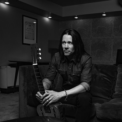 Myles Kennedy - The Trooper-Iron Maiden Cover