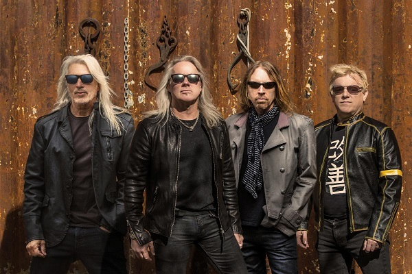 The End Machine featuring George Lynch, Jeff Pilson, Robert Mason and Steve Brown.